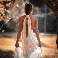 Une écharpe, tant de façons de la porter !   Comme la belle @maudlecar, choisissez la douceur de la gaze de Lin 100% certifié European Flax et Oeko-tex pour compléter vos looks printaniers.  Unie ou imprimée, découvrez les déclinaisons de notre écharpe DUCHESSE sur ZYGA.fr  Et vous, comment allez vous la porter ?   -- 🇬🇧  One scarf, so many ways to wear it!  Like the beautiful @maudlecar, choose the softness of the 100 % European Flax and Oeko-Tex Linen gauze to complete your spring looks.  Plain or printed, discover all the version of our DUCHESSE scarf on ZYGA.fr How are you going to wear it?  📷 @maudlecar   #ZYGAParis #ResponsibleFashion #EcoResponsibleFashion #SlowLife #SS21 #ModeResponsable #ModeDurable  #Lin #Linen #SummerIsComing  #SlowLife #SustainableFashion #Scarf #EthicalInfluencer #MaudleCar