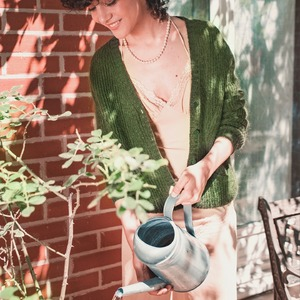 Chez ZYGA, nous ne vous proposons que des vêtements conçus de manière responsable à partir de fibres naturelles de la plus belle qualité.  La bienveillance et la douceur, valeurs centrales de notre univers, nous encouragent à constamment nous améliorer pour une mode toujours plus juste et durable.  Partagez, shoppez, aimez, commentez...  Soutenez à votre façon la mode éthique.  ---   At ZYGA, we only create clothes that are responsibly designed with natural fibers of the finest quality.  Benevolence and softness, central values of our universe, encourage us to constantly improve ourselves for an ever more fair and sustainable fashion.  Share, shop, like, comment ...  Support ethical fashion your way.  #ZYGAParis #ModeEcoresponsable #ModeEthique #MarqueFrancaise #TransitionGreen #BeauteNaturelle #EcoResponsable #ModeConsciente #FairFashion #SlowFashion #EthicalBrand #AtelierParisien