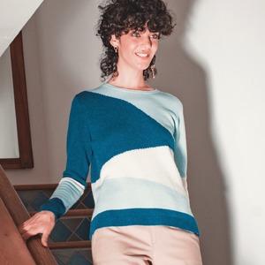 PATCHWORK STYLE On craque pour la douceur du pull Roquette et son imprimé graphique. 😍😍😍 ---  🇬🇧  PATCHWORK STYLE  We fall for our Roquette sweater's softness and graphic pattern.  😍 😍 😍